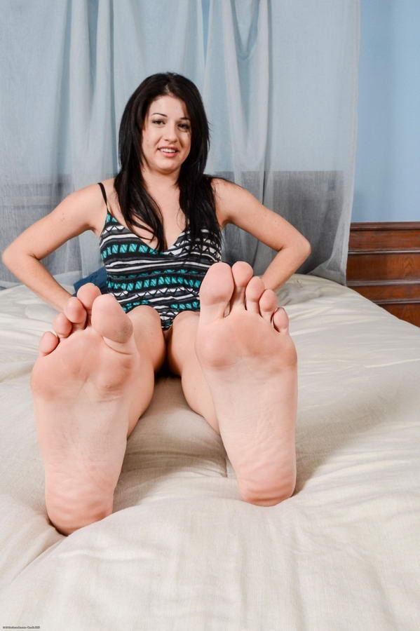 Selena Skye Feet