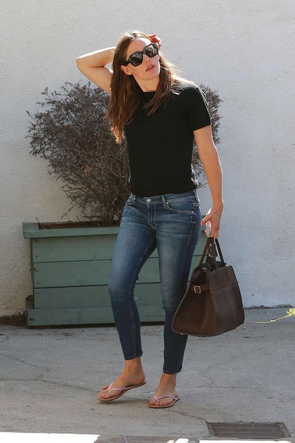 Jennifer Garner Feet