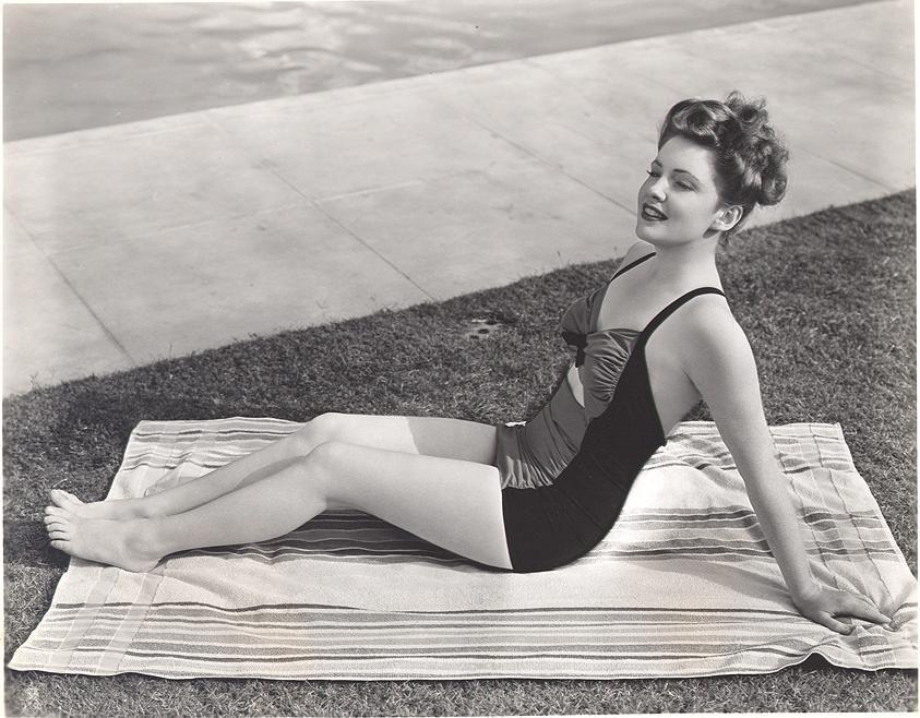 Joan Leslie Feet