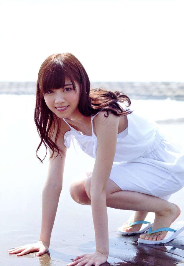 Nanase Nishino Feet