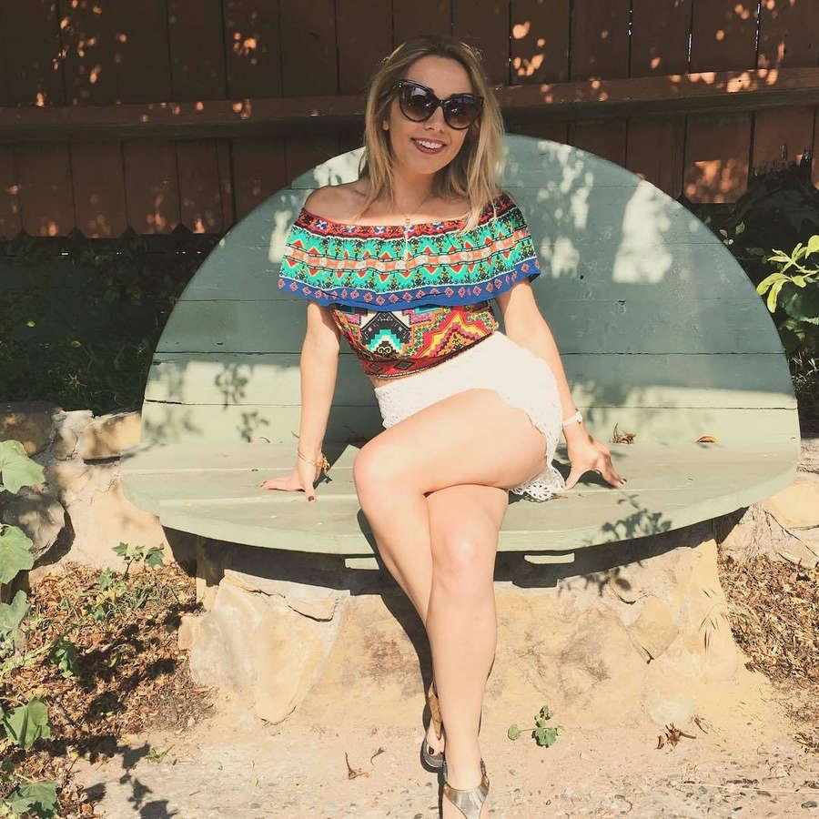 Caroline Mishelle Aghajanian Feet
