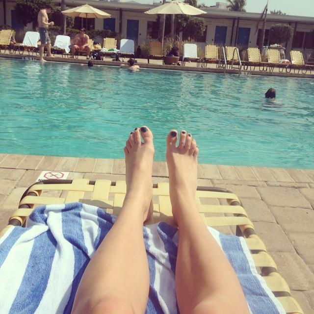 Leandra Earl Feet