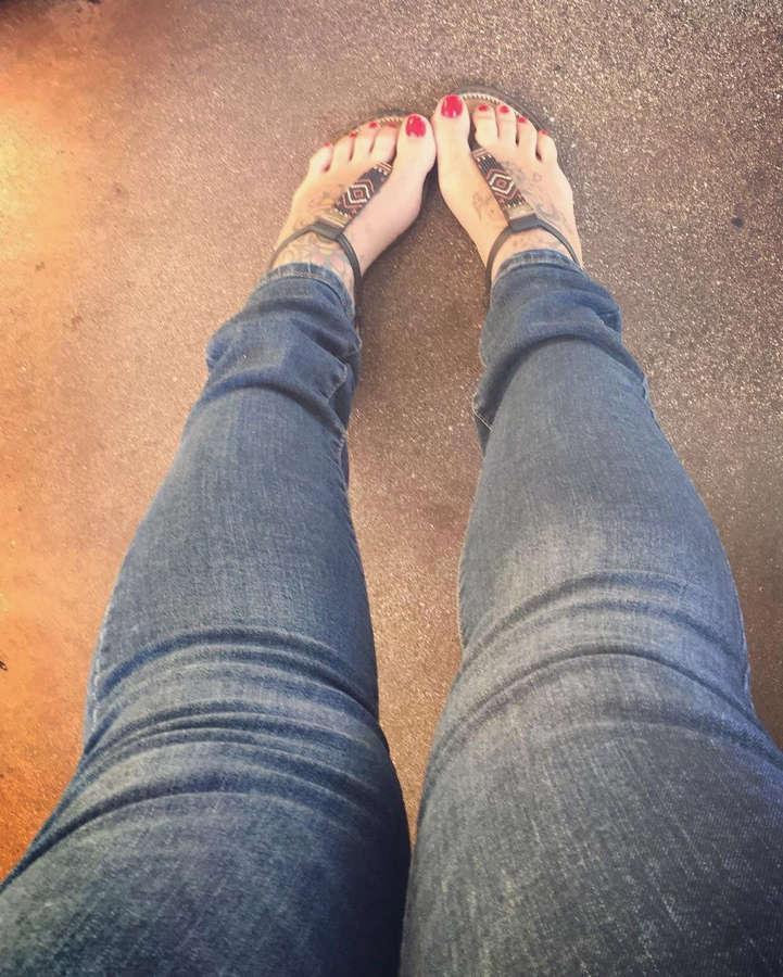 Christie Ashenoff Feet