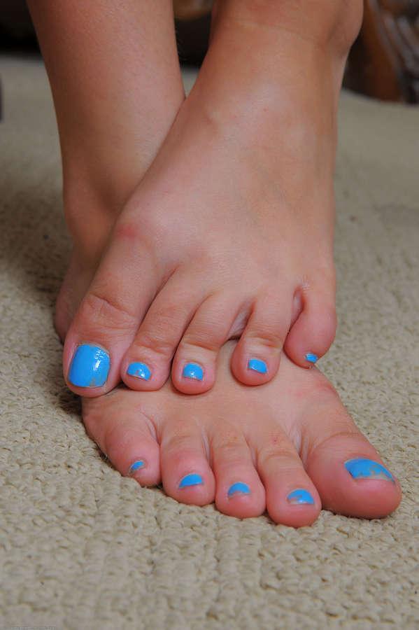 Kadence Feet