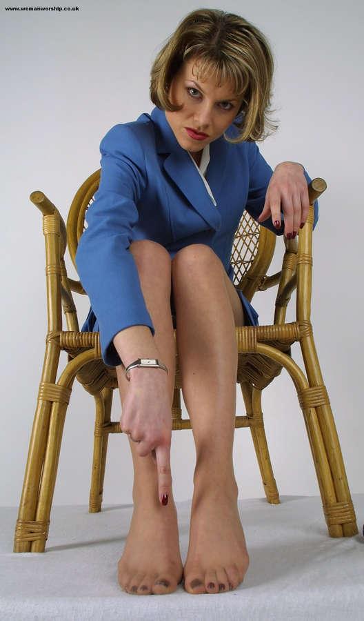 Debbie Cummins Feet