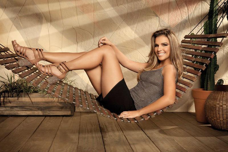 Mariana Rios Feet