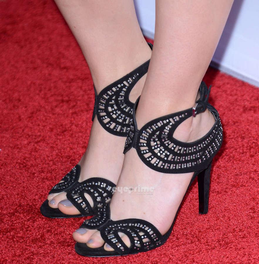Feet moriarty Sela Ward's