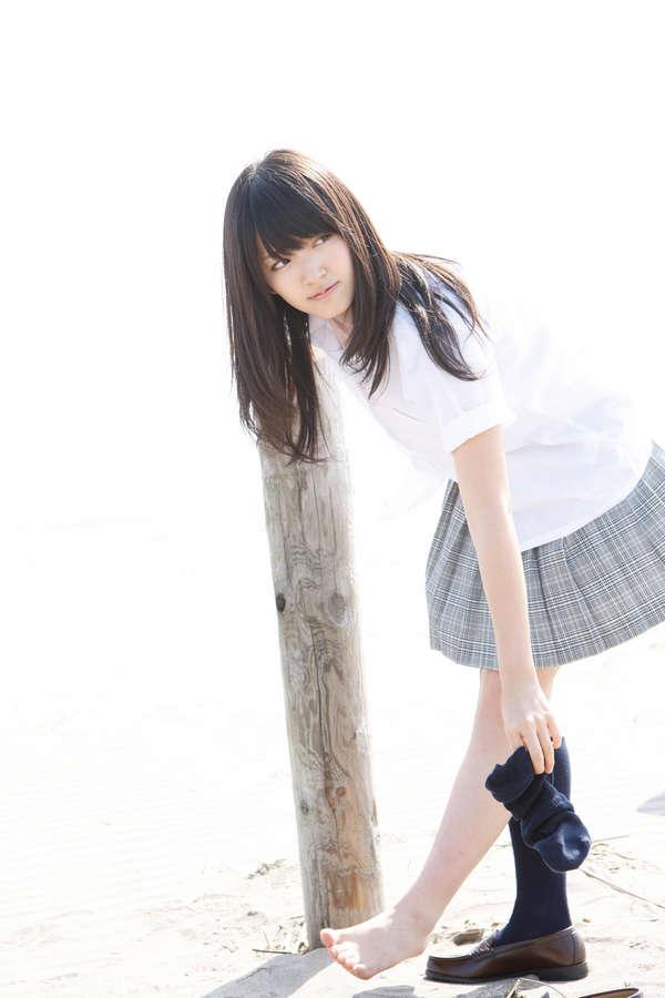 Airi Suzuki Feet