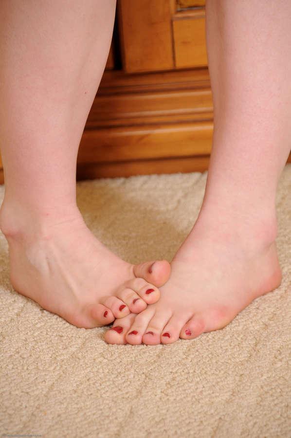 Gracelynn Feet