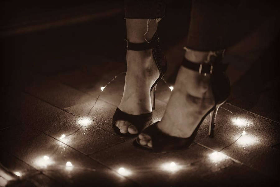 Katri Swan Feet
