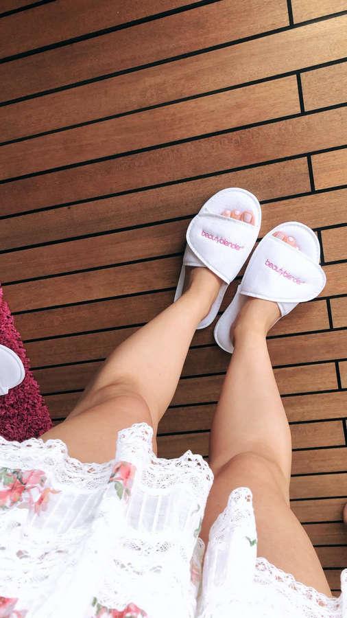 Alli Simpson Feet