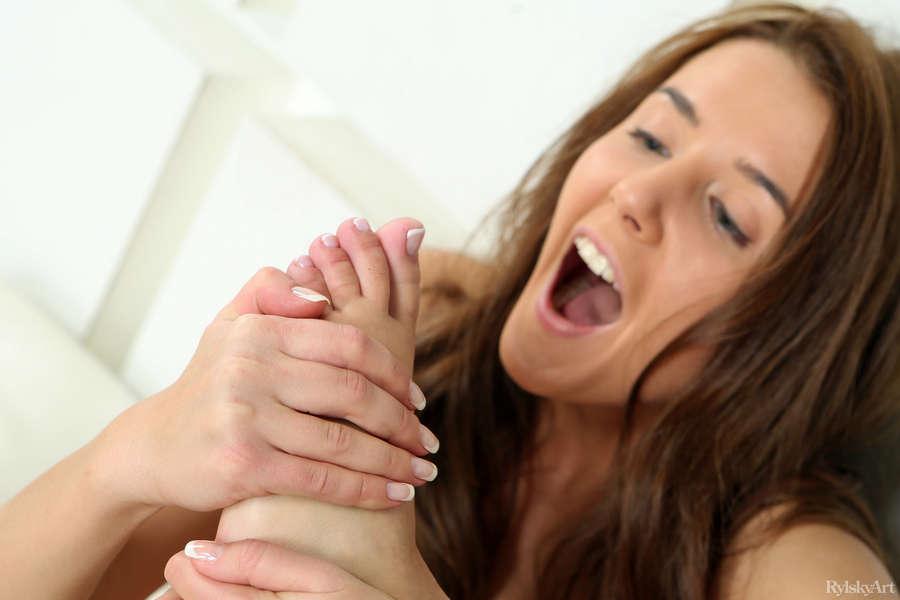 Kailena Feet