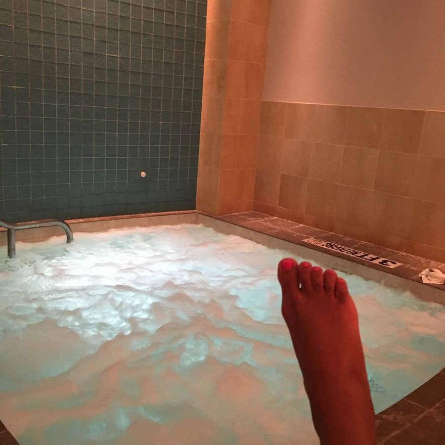 Tiara Madry Feet