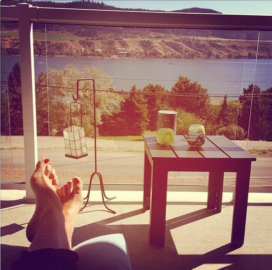 Sara Bynoe Feet