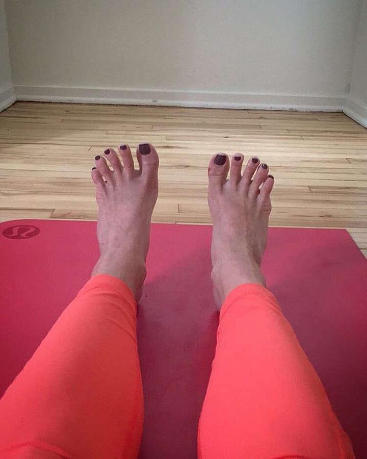 Erin Hamlin Feet