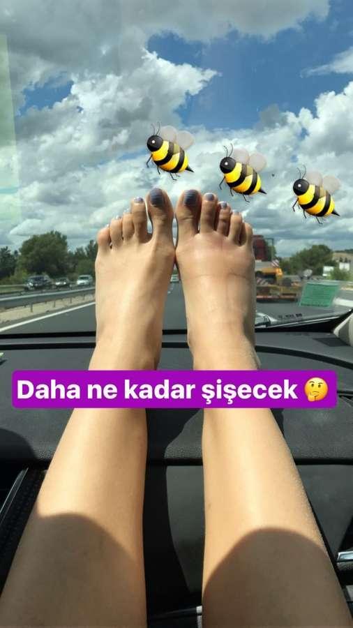 Elvin Levinler Feet