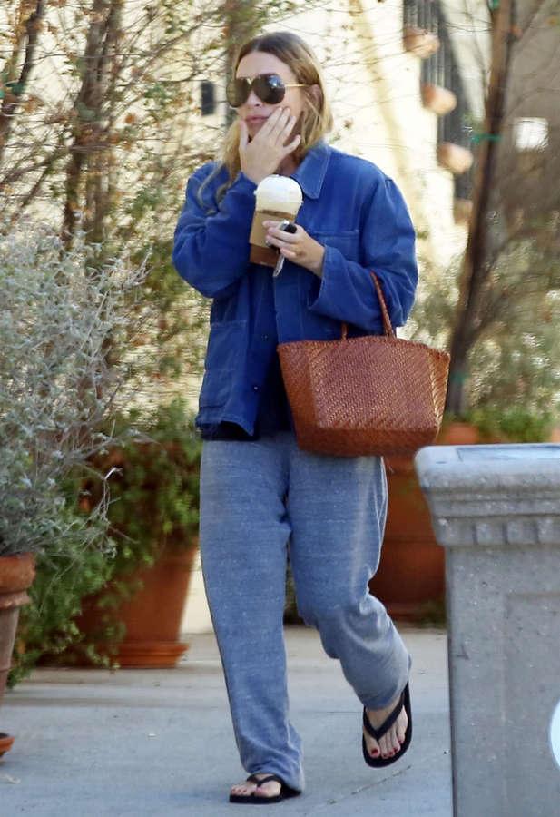 Ashley Olsen Feet