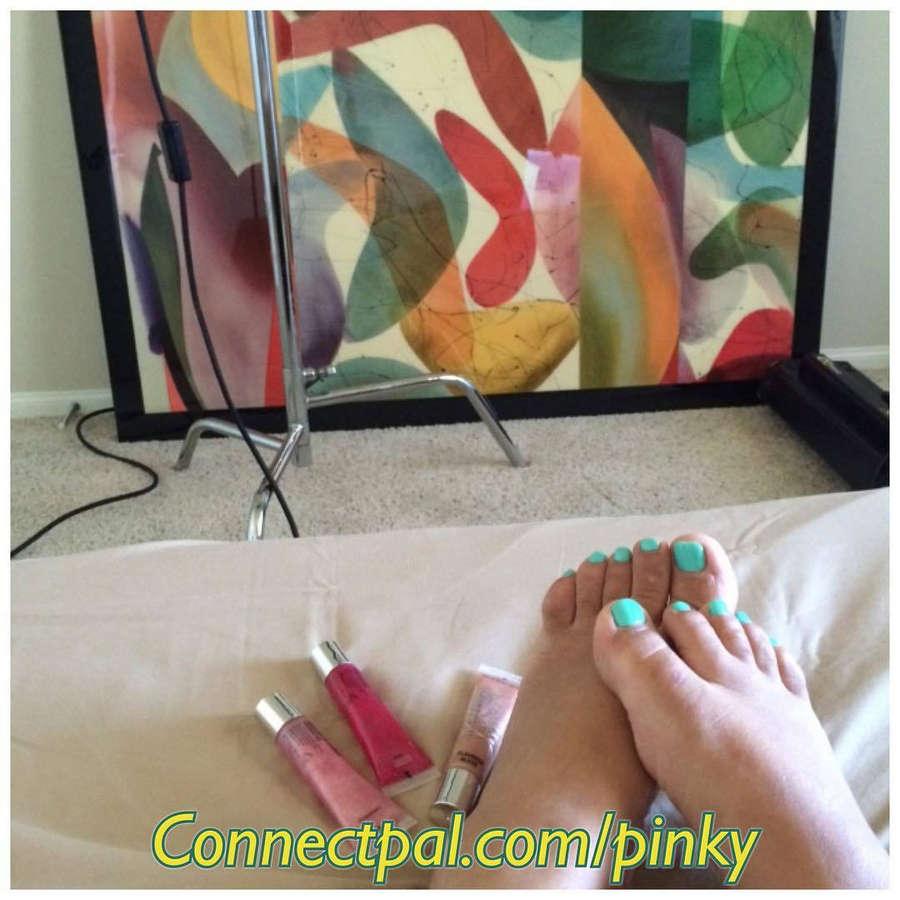 Pinky Feet