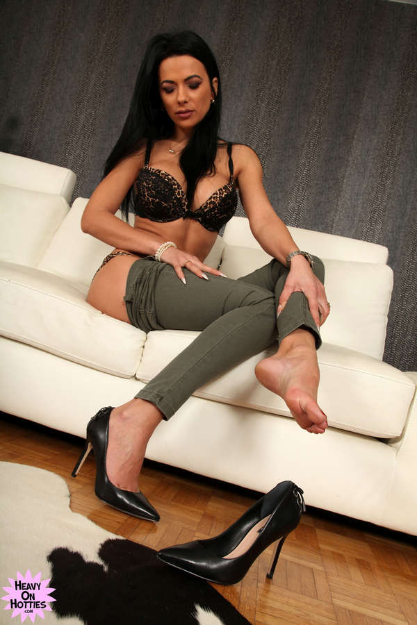 Shalina Devine Feet