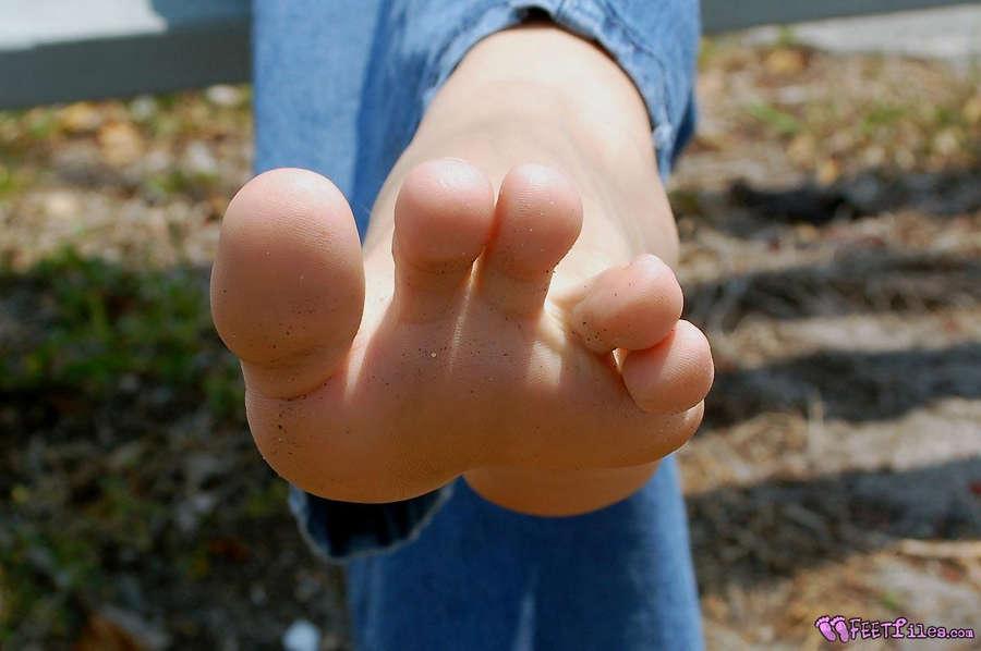 Misty Mills Feet