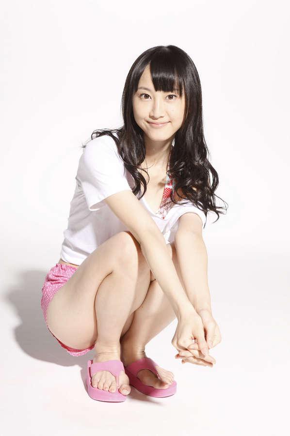Rena Matsui Feet