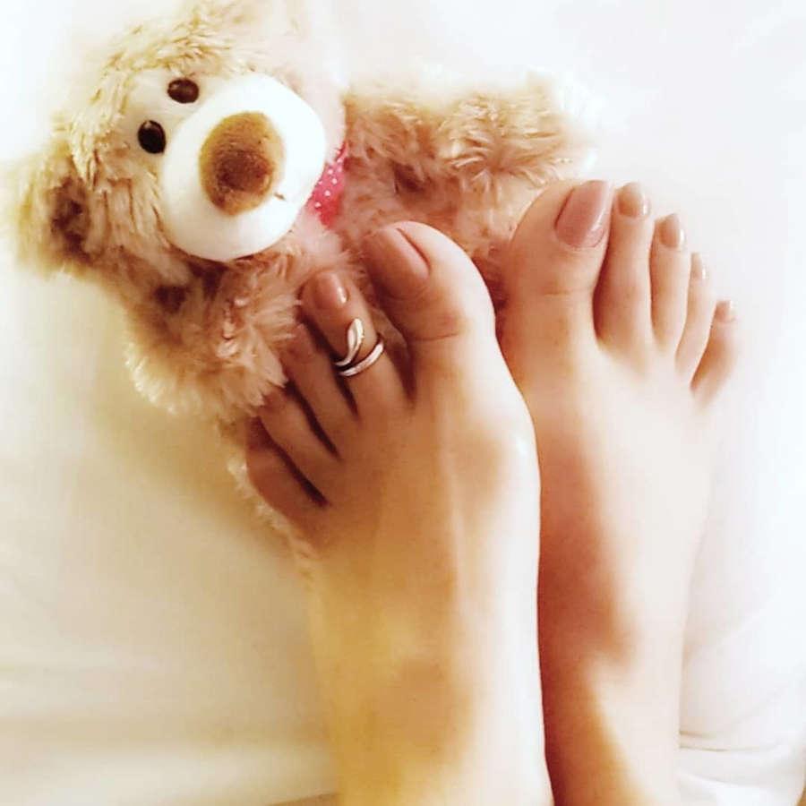 Saman Ansari Feet