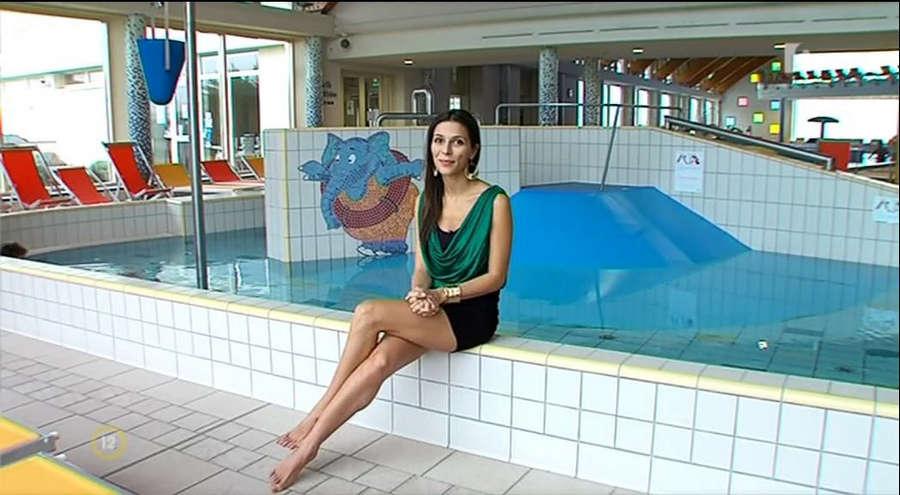 Nora Szekeres Feet