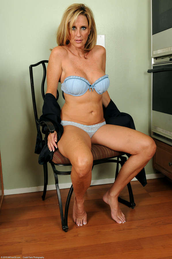Jodi West Feet 18 Photos Celebrity Feet Com