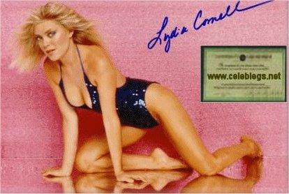 Lydia Cornell Feet