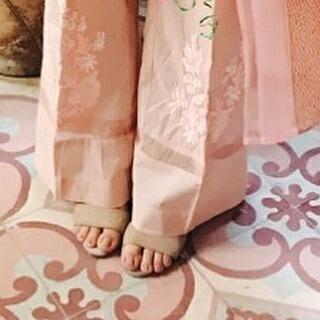 Yumna Zaidi Feet