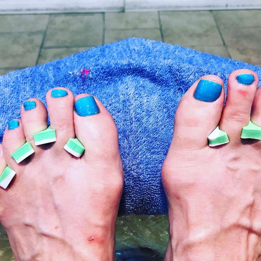 Mel Harris Feet