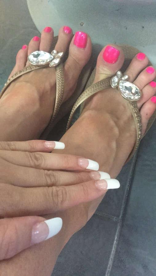 Rio Lee Feet