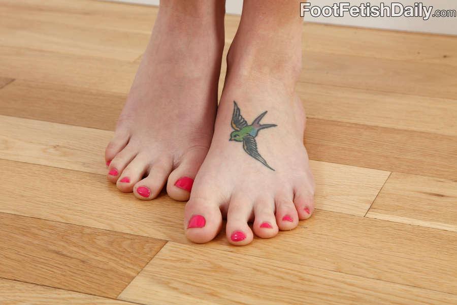Zoe Voss Feet