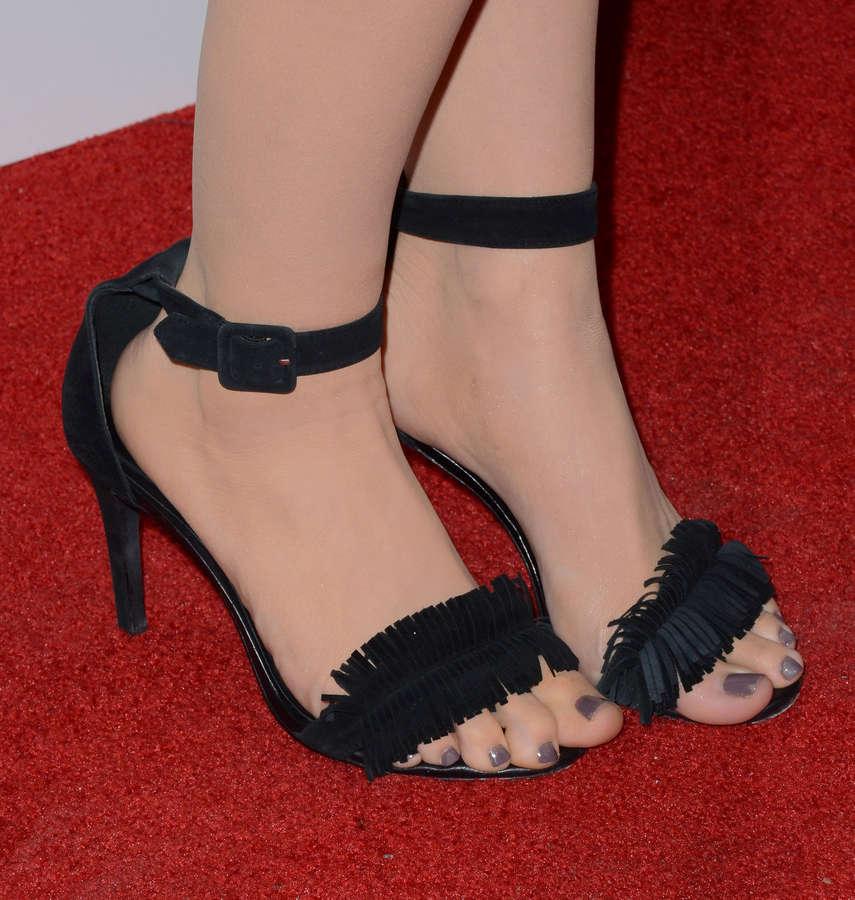 ZZ Ward Feet