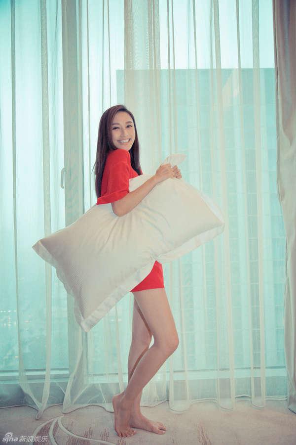 Li Zhang Feet