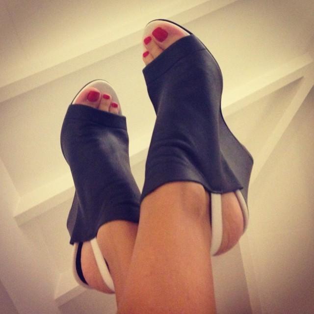 Diana Bouth Feet