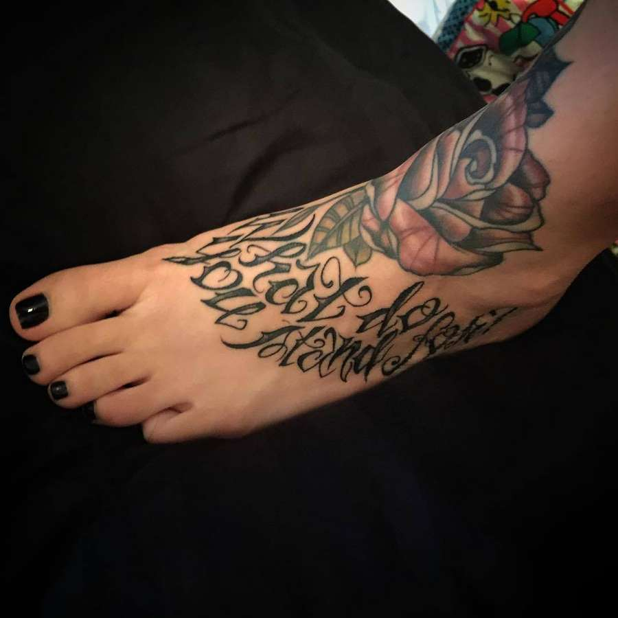 Angelique Witmyer Feet