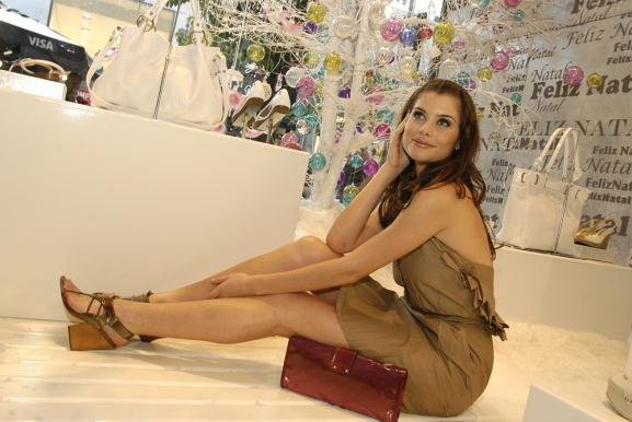 Alinne Moraes Feet