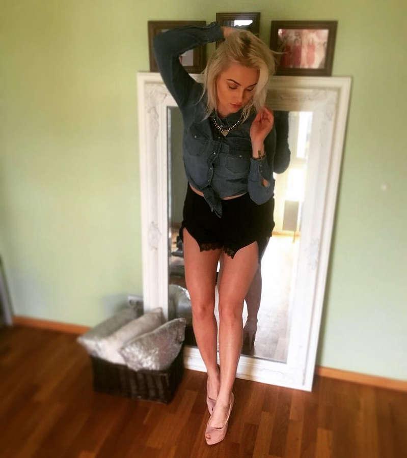 Grete Klein Feet