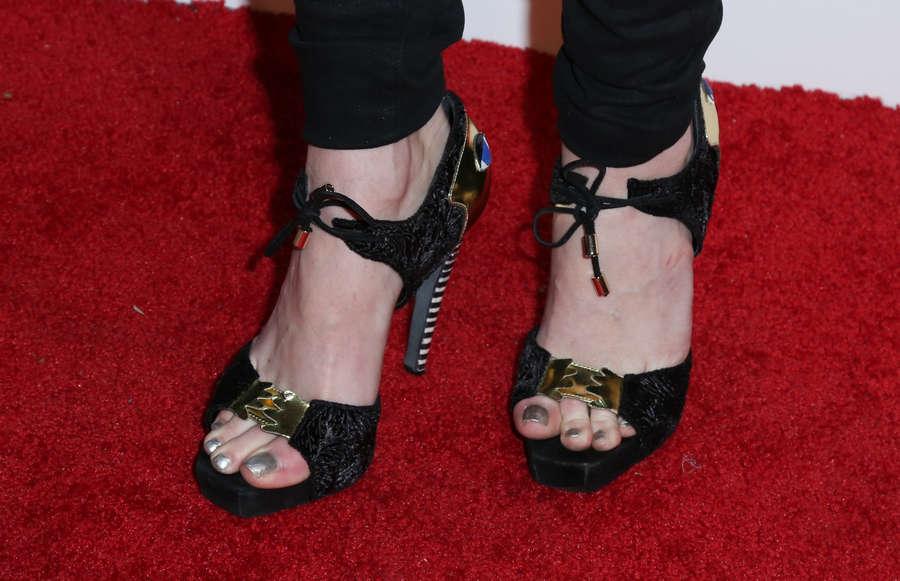 Taryn Manning Feet
