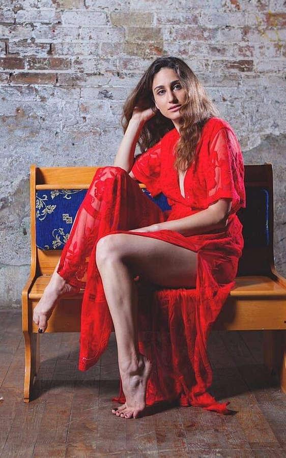 Athina Klironomou Feet