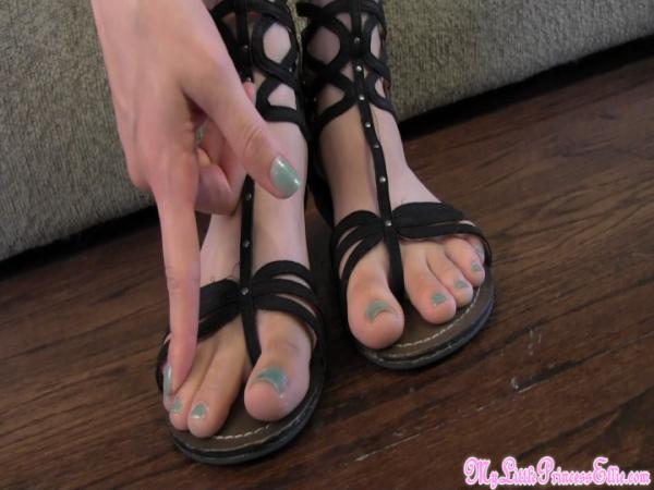 Ellie Idol Feet