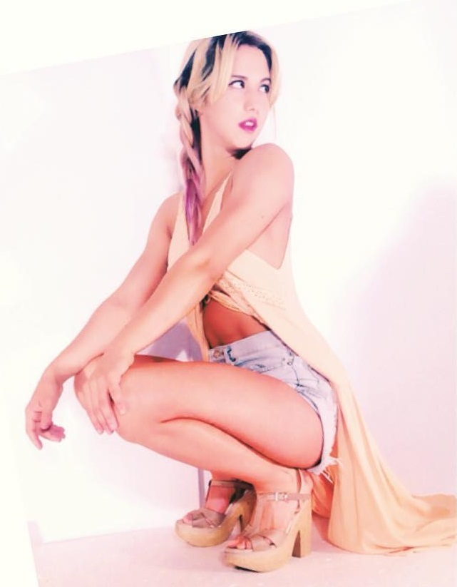 Florencia Vigna Feet