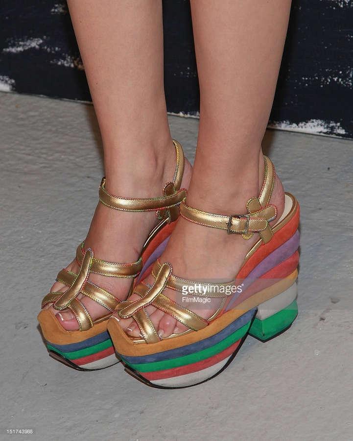Mia Moretti Feet