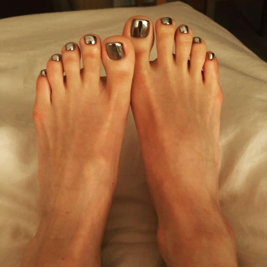 Hikaru Utada Feet