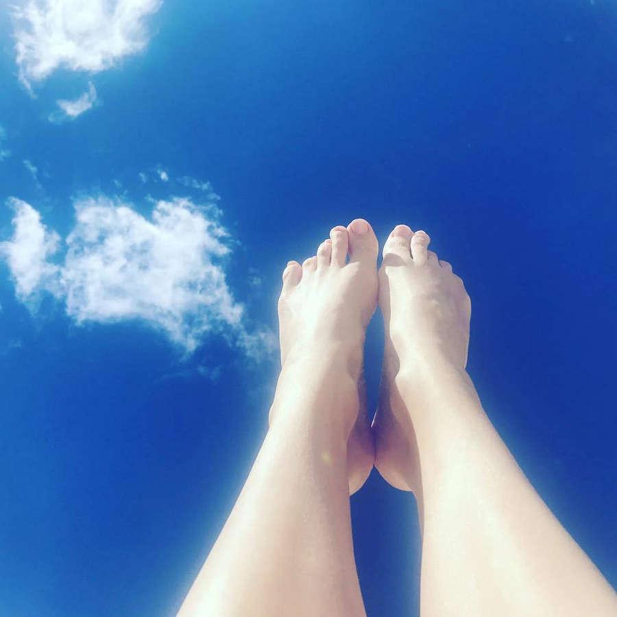 Frederique Bel Feet
