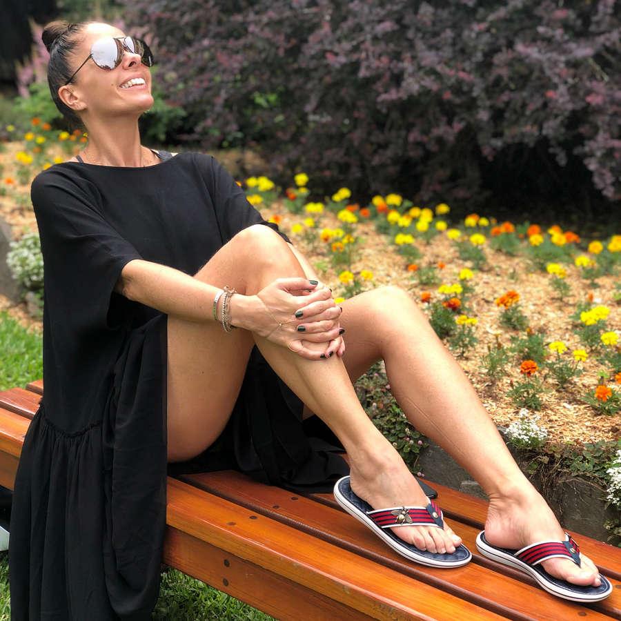 Adriane Galisteu Feet