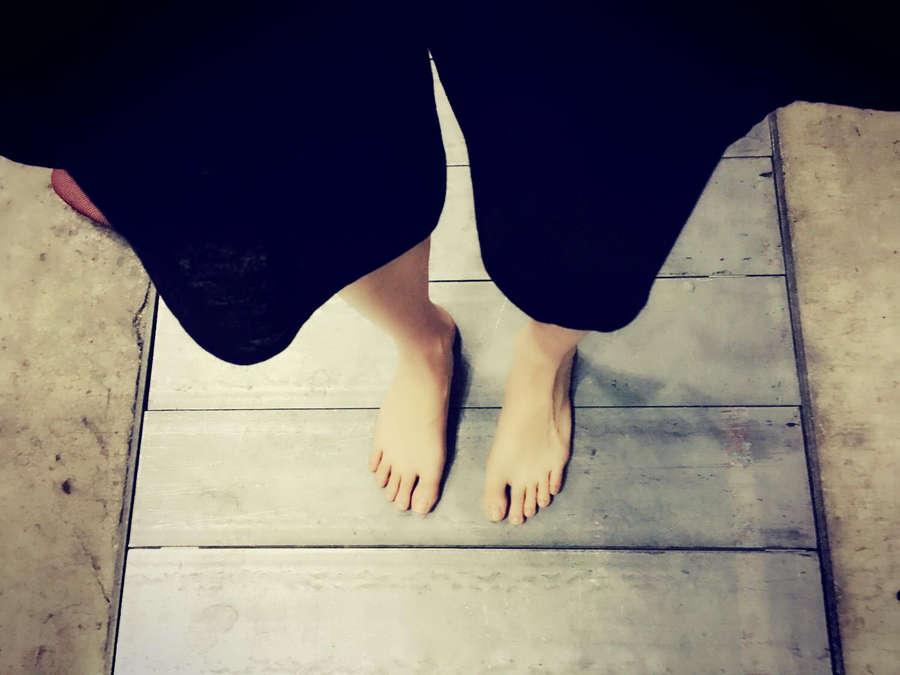 Meru Tashima Feet