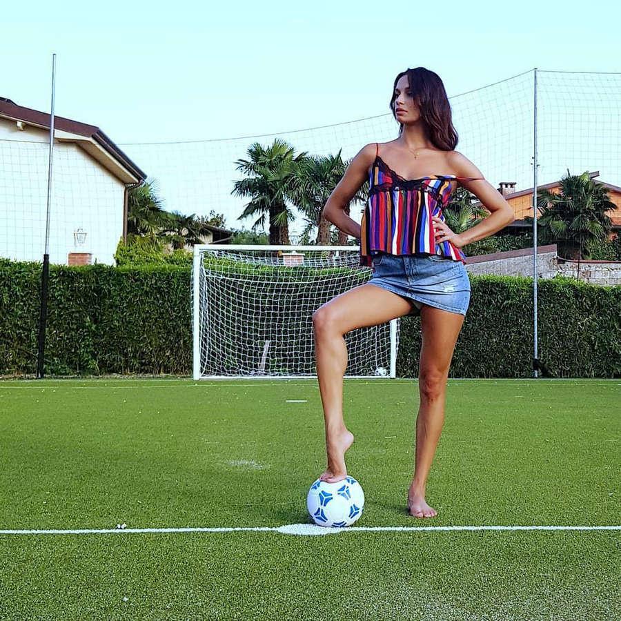 Francesca Tocca Feet