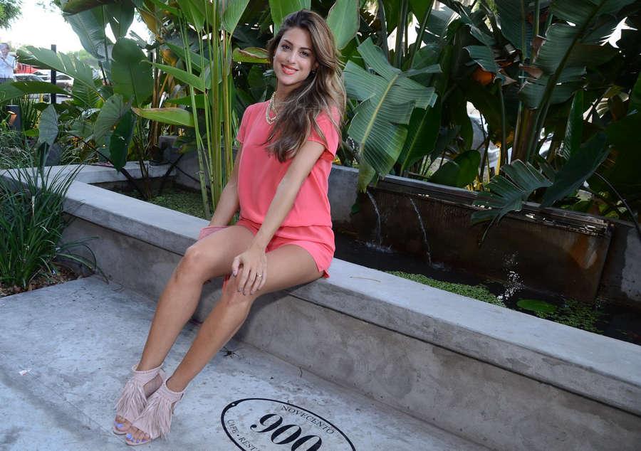 Agustina Casanova Feet